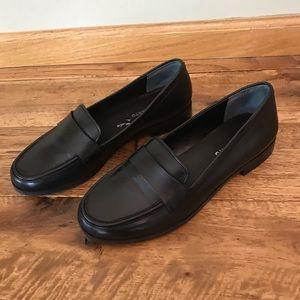 Franco Sarto Black Flat Shoe